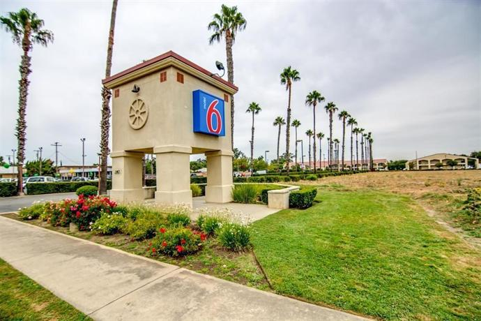 Motel 6 Lodi CA 4562