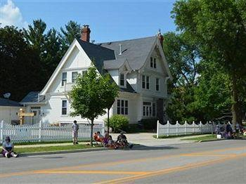 Pleasant Street Bed and Breakfast