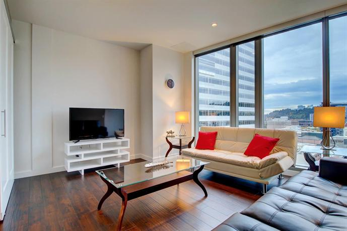 Furnished Apartments in the Heart of Downtown Portland