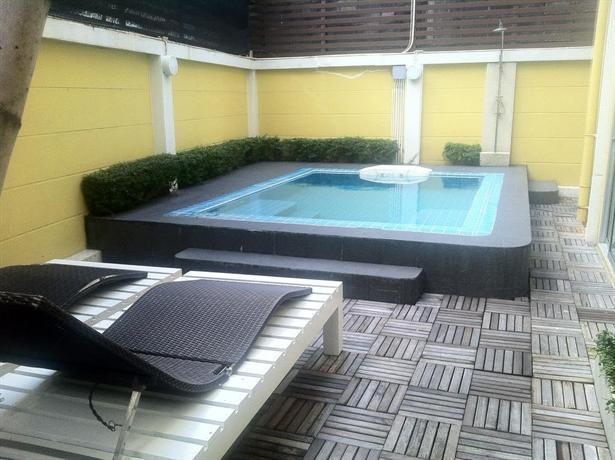 T Series Place Serviced Apartment Hotels Bangkok