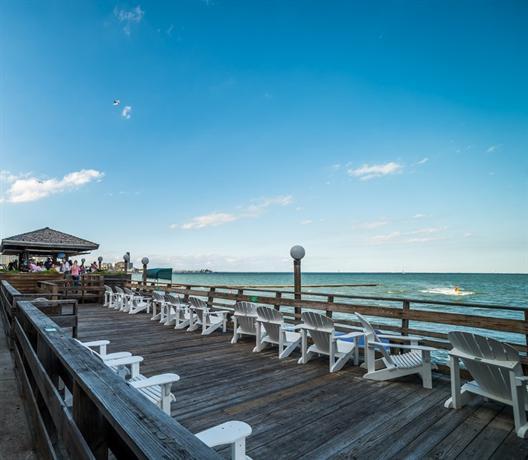 About Emerald Beach Hotel