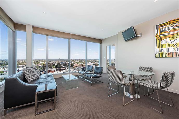 mantra bell city melbourne compare deals. Black Bedroom Furniture Sets. Home Design Ideas