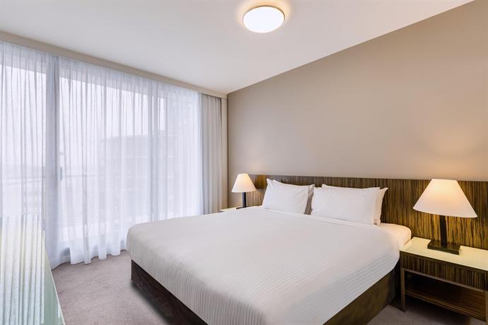 Adina Apartment Hotel Sydney Darling Harbour - Compare Deals