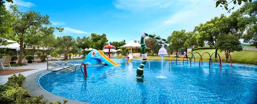 Le meridien she shan shanghai compare deals - Shanghai infinity pool ...