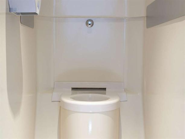 hotelf1 geneve saint julien en genevois viry compare deals. Black Bedroom Furniture Sets. Home Design Ideas