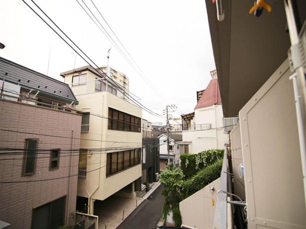 1 bedroom apartment in the center of shibuya b5 tokyo. Black Bedroom Furniture Sets. Home Design Ideas
