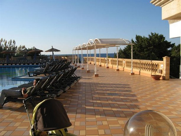 Insotel club formentera playa platja de migjorn compare for Hotel formentera playa