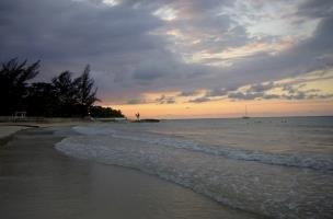 3 Br Oceanfront Villa - Ocho Rios