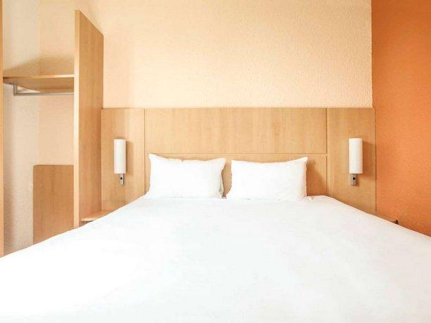 ibis chalons en champagne ch lons en champagne offerte in corso. Black Bedroom Furniture Sets. Home Design Ideas