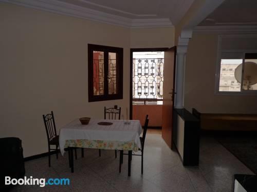 appart spacieux au centre de kenitra compare deals