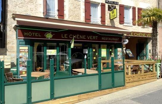 Hotel le chene vert savenay compare deals for Piscine savenay