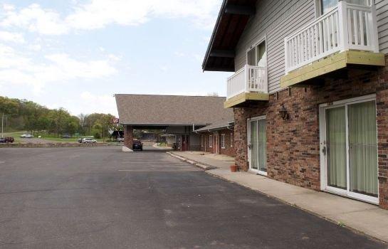the dalles house motel saint croix falls compare deals. Black Bedroom Furniture Sets. Home Design Ideas
