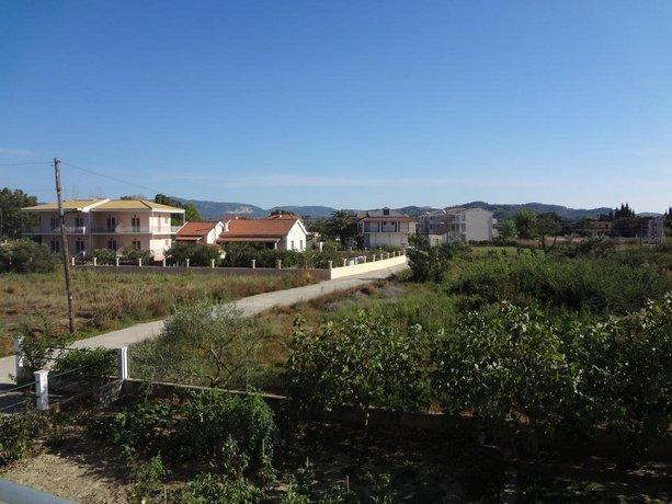 Megali Beach Nikos
