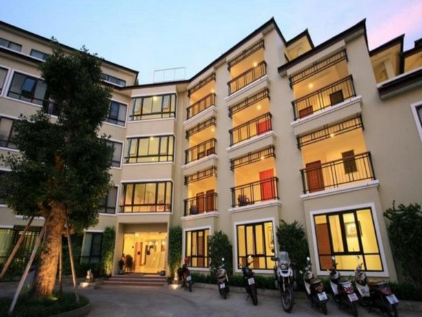 The xym hotel chiang mai compare deals for Boutique hotel xym