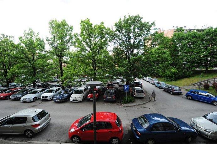 Apartment Trnovo center
