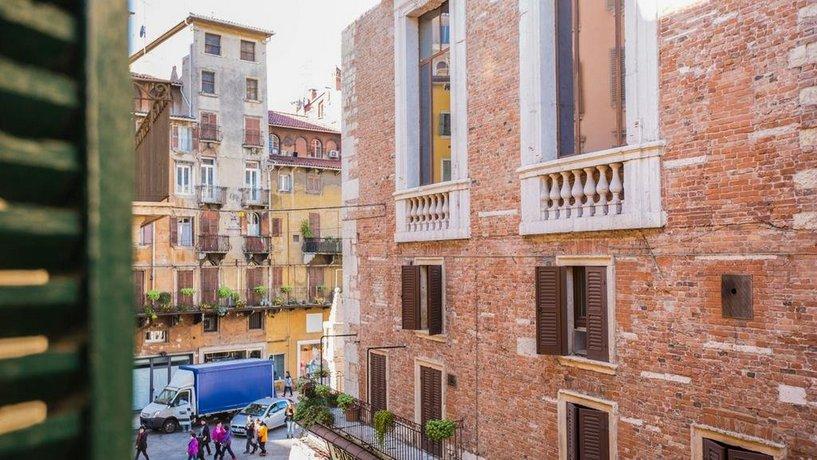 B&B Casa Coloniale, Verona - Compare Deals