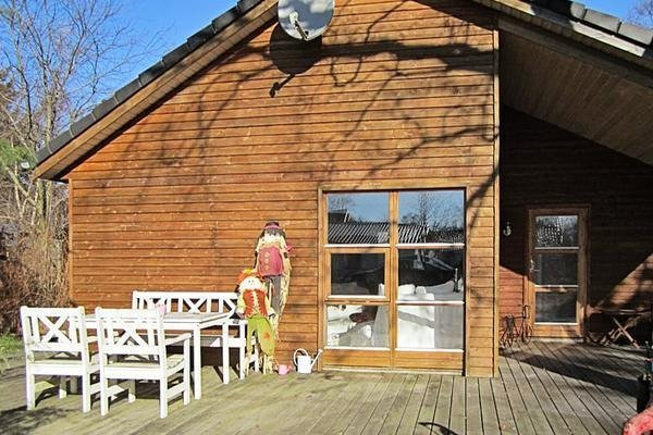 Three-Bedroom Holiday home in Grenaa 9 Grena