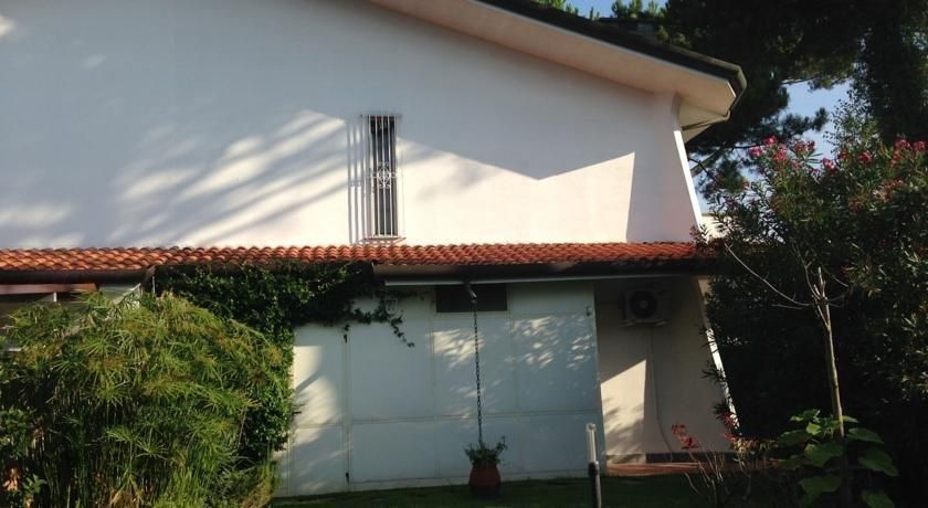 Holiday home Villetta Cinquale