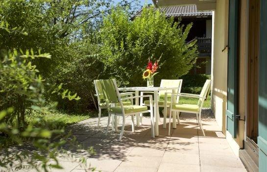 hotel salzburger hof bergen compare deals. Black Bedroom Furniture Sets. Home Design Ideas