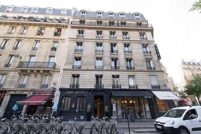 First Hôtel Paris