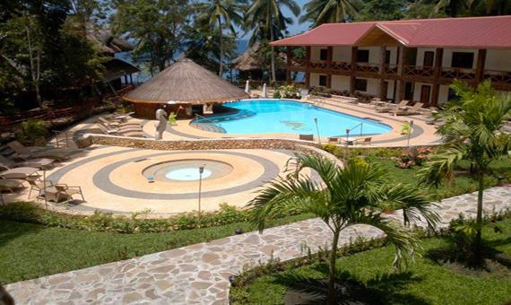 About Nataasan Beach Resort Dive Center