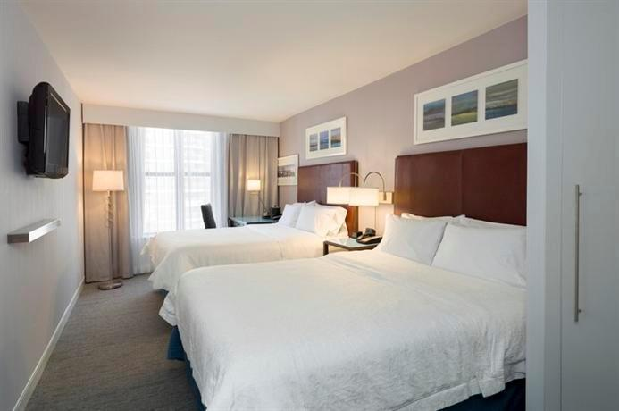 Hampton Inn Manhattan Seaport Financial District
