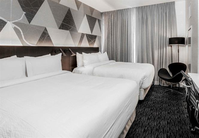 Courtyard by Marriott Long Island City New York Manhattan View