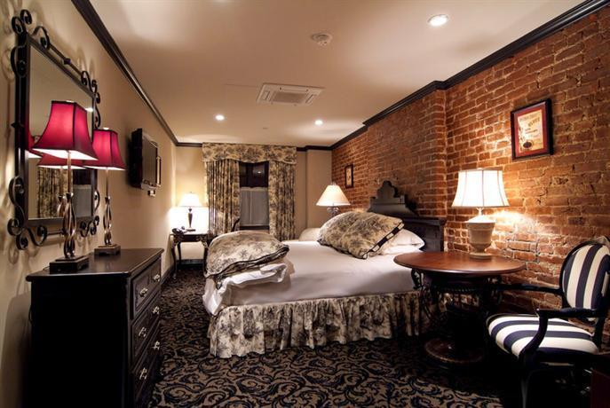 The French Quarters Guest Apartments New York