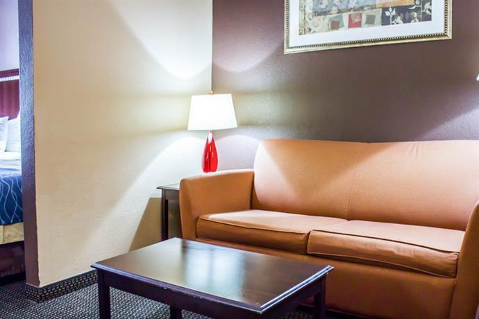 Comfort Inn Amp Suites Jfk Airport New York City Compare