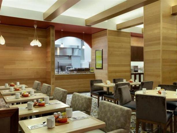 Hilton Garden Inn Midtown East New York City Compare Deals