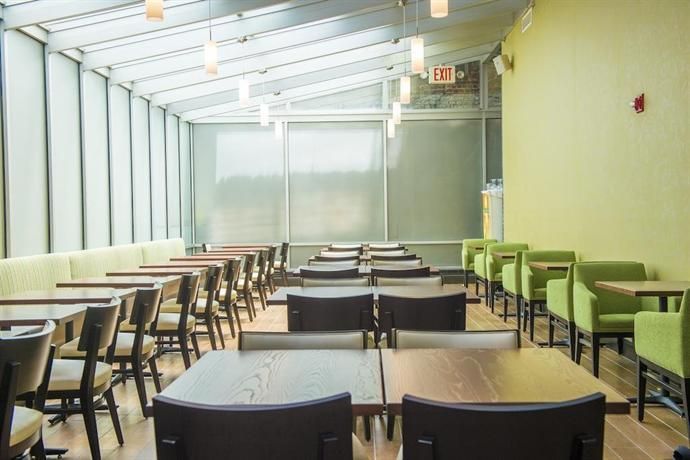 Holiday Inn Manhattan 6th Ave - Chelsea, New York City - Compare Deals