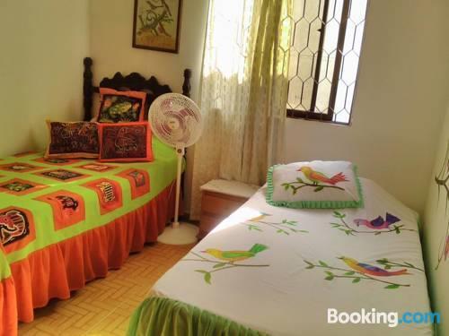 Agradables habitaciones ambiente familiar cartagena de for Hotel familiar nunez