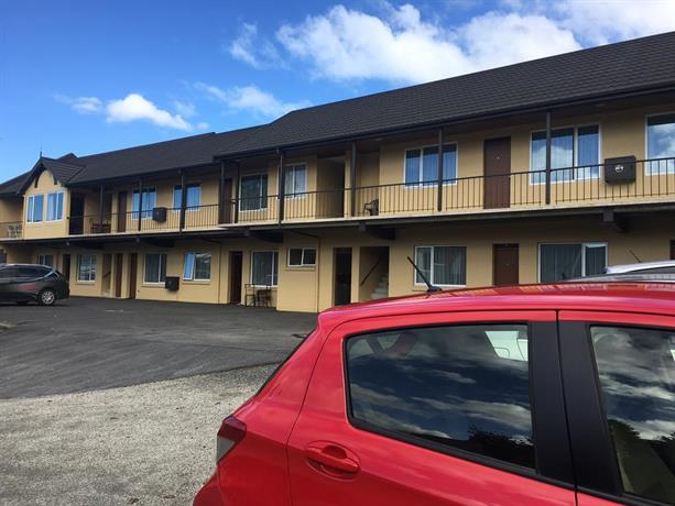 Dunedin motel and villas compare deals for Villa moderne motel