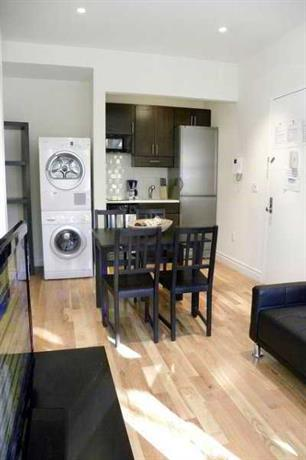 Smart Apartments East Village Townhouse