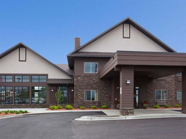 GrandStay Inn & Suites of Luverne