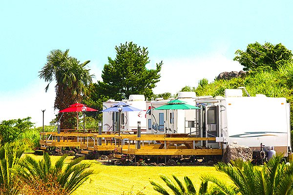 Poly Park Caravan