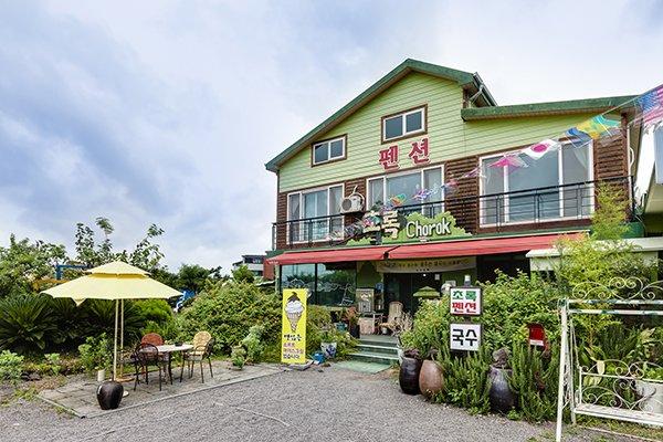 Jeju Chorok house Pension