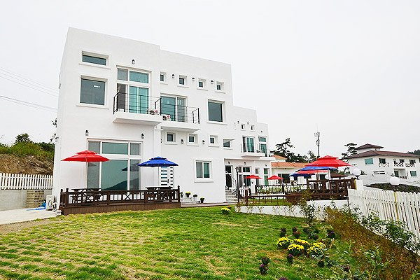 Yeosu Sun & Moon Pension
