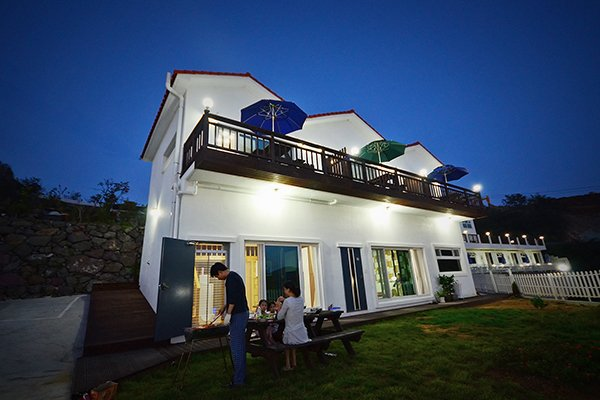 Yeosu Rainbow Pension