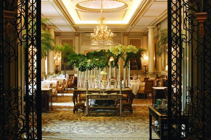 About Four Seasons Hotel George V Paris