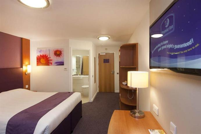 Glasgow Airport Hotel Family Room
