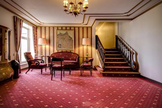Helnan Phoenix Hotel Aalborg Compare Deals