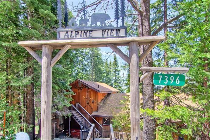 Alpine VIew Yosemite National Park