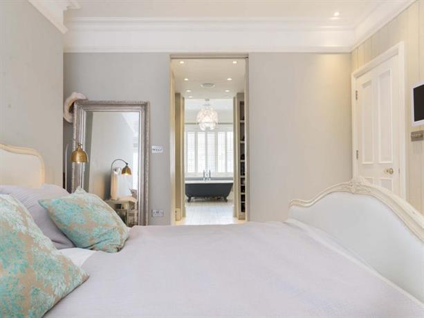 Veeve Beautifully Designed 5 Bed 4 Bath House Chiswick