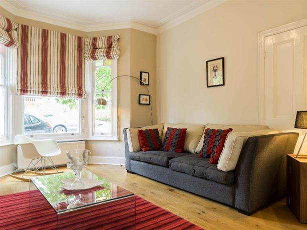 Veeve 4 Bed House St Albans Avenue Chiswick