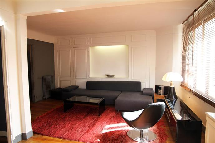 Appartement avenue de breteuil paris 7eme compare deals for Appart hotel paris 7eme
