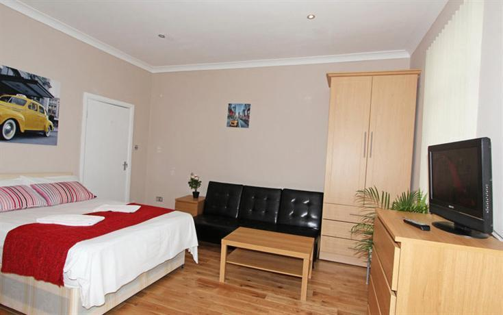 Large Studio In Swiss Cottage Fr3 London Compare Deals