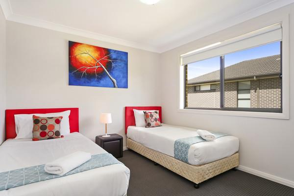 City Lodge 25 - Sydney 4bdrm Sleeps 10