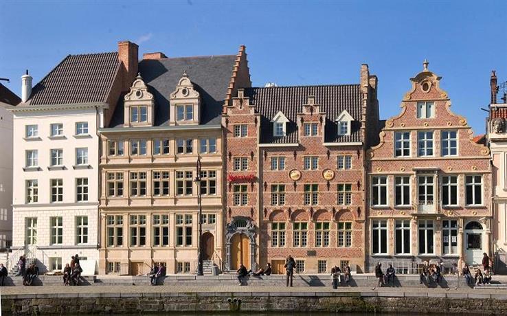 Teen girls in Ghent