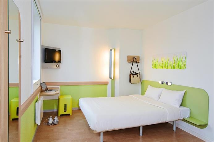 Find Hotel In Liberte Metro Station Hotel Deals And Discounts